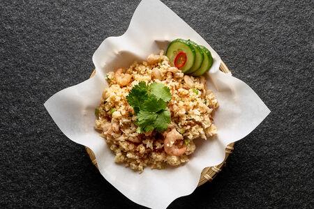 Рис с бэйби креветками