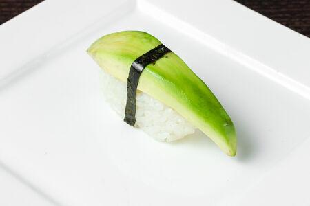 Суши Нигири Авокадо