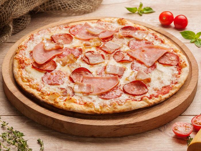 Пицца Квадро салями