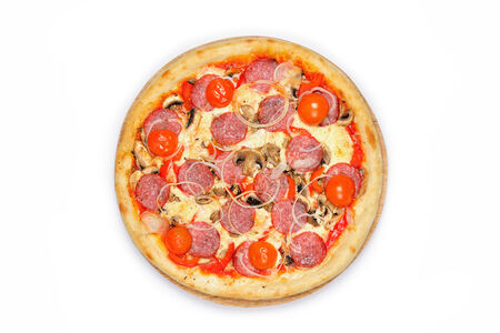 Пицца Дженовезе на красном соусе