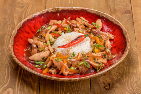 Куриное филе с овощами по-азиатски