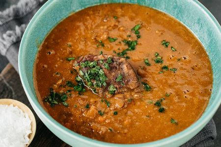Чечевичный суп с рваной говядиной