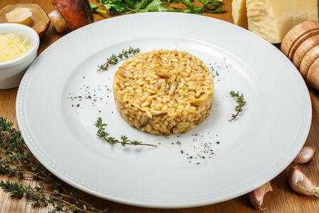 Ризотто с белыми грибами и трюфельным маслом