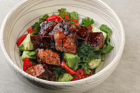 Салат Стейк Биф с овощами