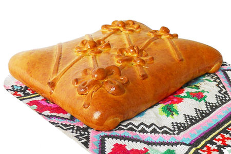 Пирог с мясом и картофелем на дрожжевом тесте