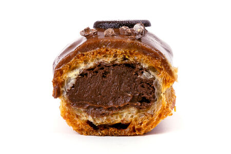 Пирожное Эклер шоколад