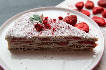 Торт Наполеон сыроедческий