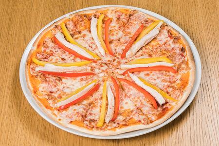 Пицца  с курицей и сладким перцем