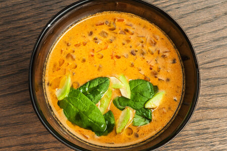 Суп из чечевицы с кокосовым молоком