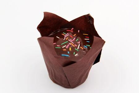 Маффин морковно-ореховый с шоколадной глазурью