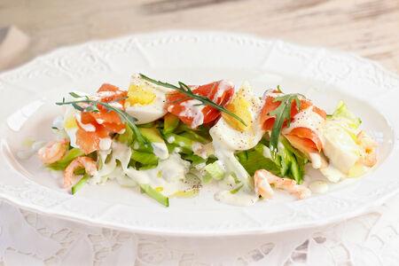 Салат Сицилиана Фреска с лососем и креветками