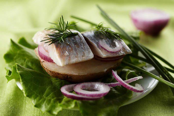 Норвежская сельдь с отварным картофелем