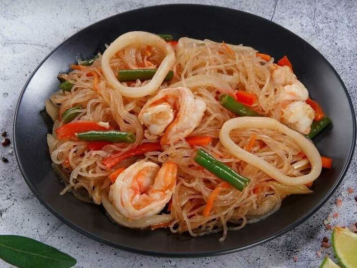 Лапша Рисовая (фунчоза)  с морепродуктами