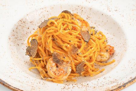 Спагеттини с креветками и трюфельным маслом