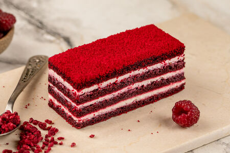Торт Малиновый бархат