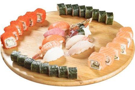 Сет №5 из роллов и суши