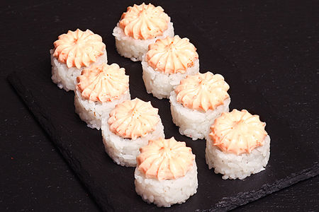 Ролл Лава с лососем