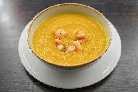 Тыквенный крем-суп с креветками