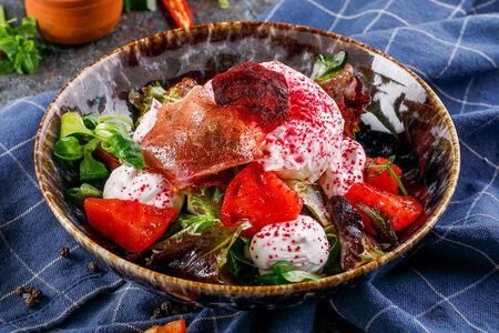 Салат с вяленой свеклой