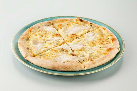 Пицца с курицей детская 25 см