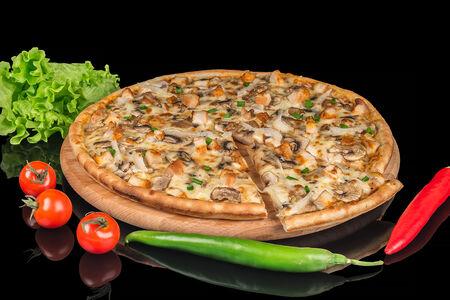 Пицца Грибная с курицей