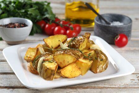 Картофель печеный с луком