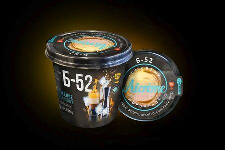 Мороженое в стаканчике Б-52