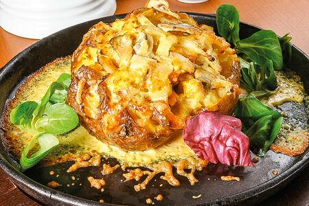 Печеный картофель с курицей