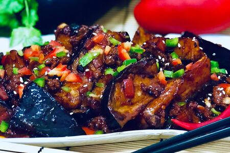 Баклажаны по-пекински острые с рубленым мясом