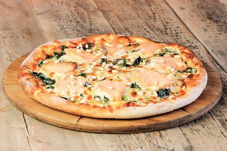 Пицца Лосось со шпинатом