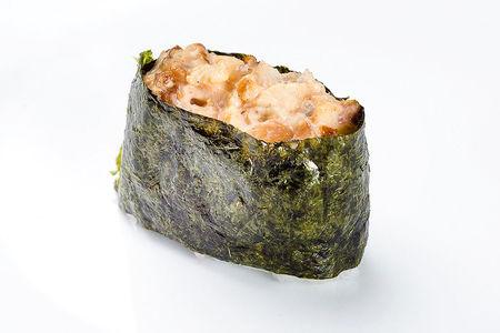 Гункан с угрем копченым спайси