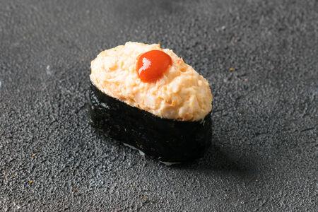 Суши Креветка острая