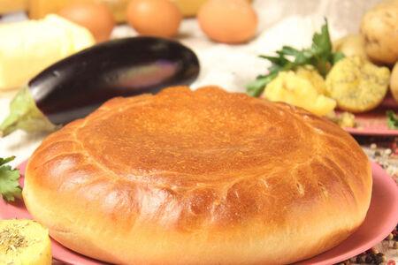 Пирог с картофелем и баклажанами