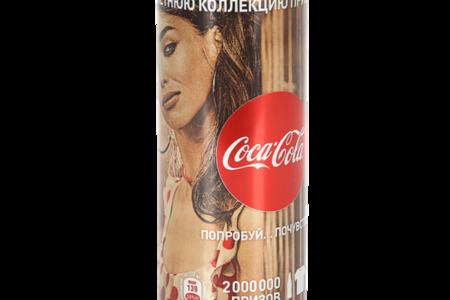 Напиток газированный Coca-Cola банка
