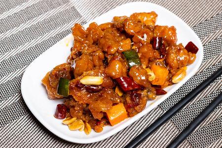 Гунн Бао курица