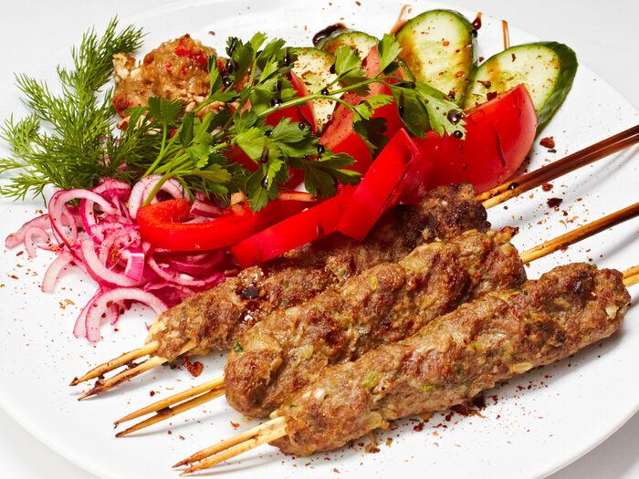 Кебаб со свежими овощами