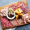 Фото к позиции меню Ассорти из итальянских мясных деликатесов