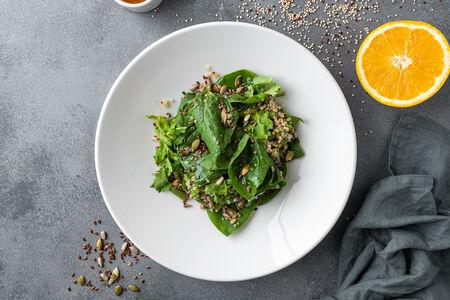 Салат с зеленой фасолью и киноа