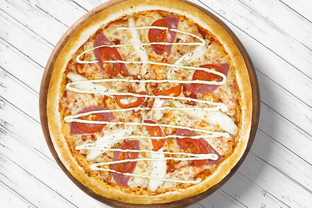 Пицца Курица с ветчиной