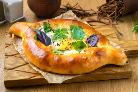 Хачапури Лодочка с яйцом