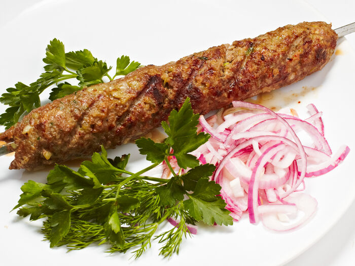 Шашлык Люля кебаб из баранины с говядиной