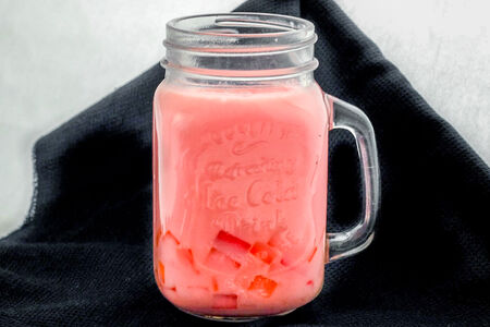 Баббл коктейль на основе йогурта
