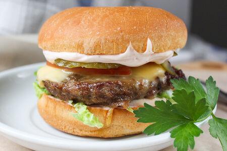 Чизбургер из говядины