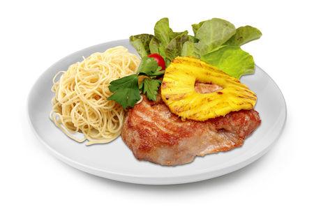 Свиной стейк с ананасом гриль и спагетти