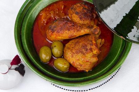 Тажин из курицы с оливками и солёным лимоном (маленький)