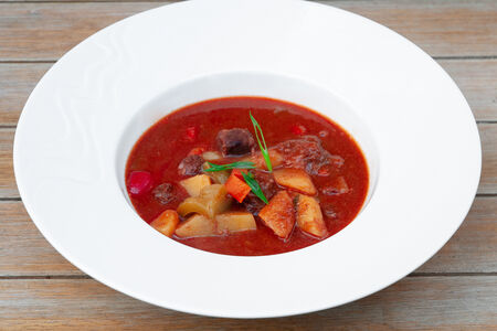 Тирольский суп-гуляш