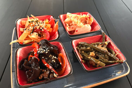 Сет корейских закусок