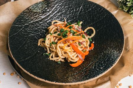 Лапша с овощами по-азиатски