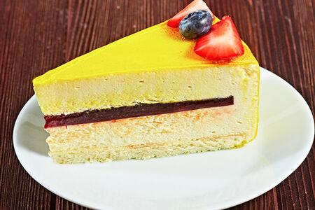 Десерт Манго-маракуйя
