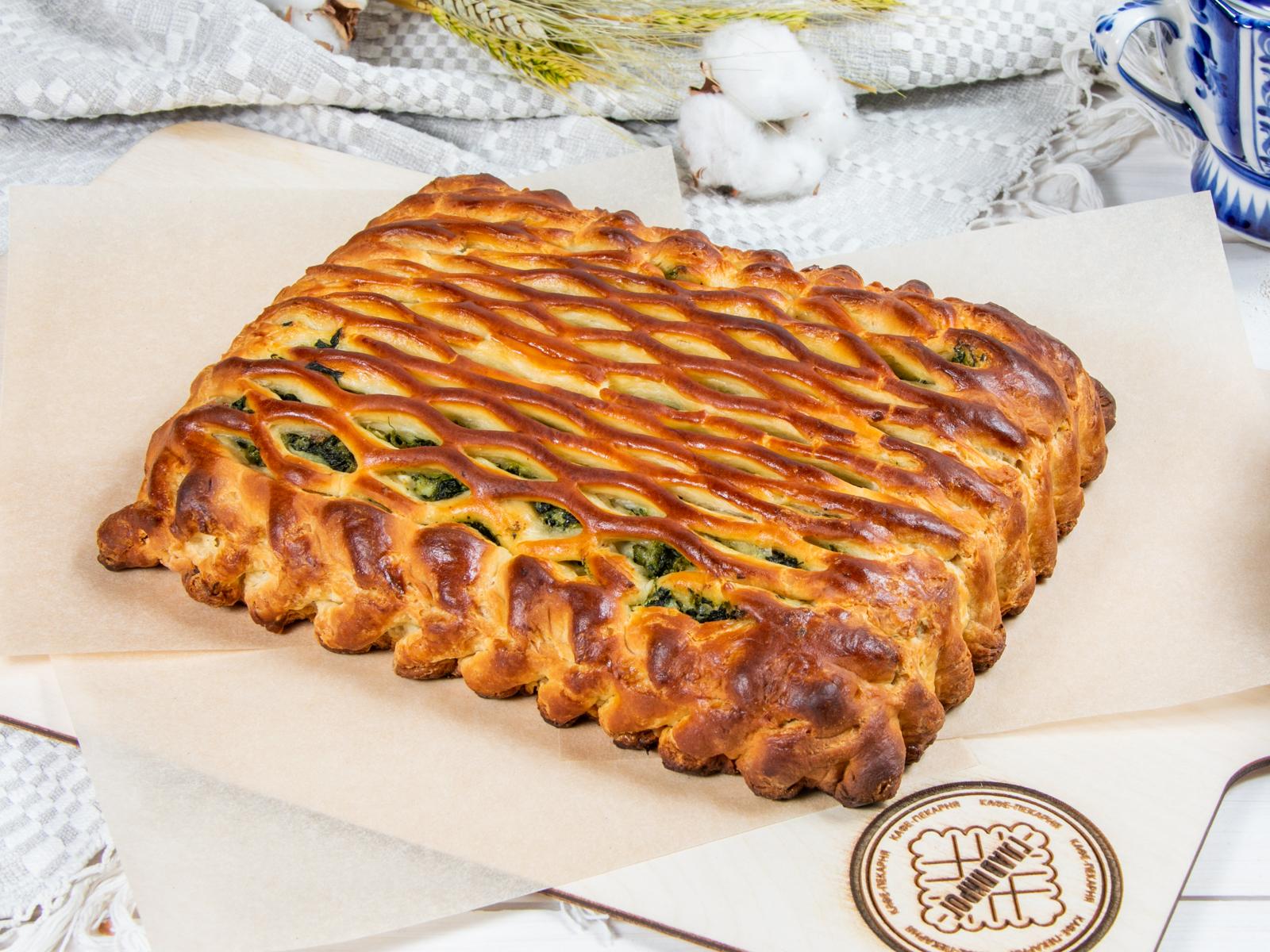 Пирог с мясом и шпинатом